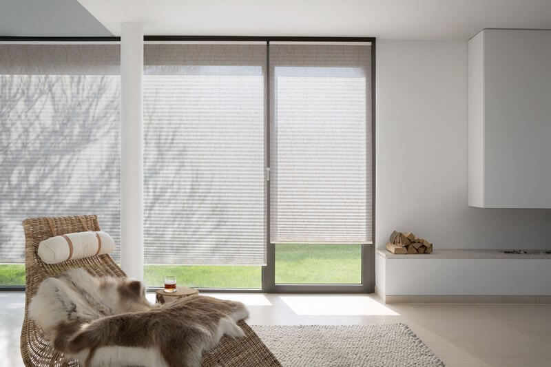 sonnenschutz markisen veluxpartner tkm klaus madzar wien tkm madzar. Black Bedroom Furniture Sets. Home Design Ideas